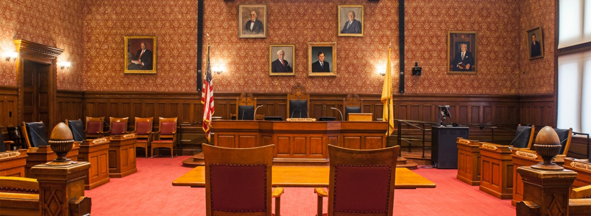Photo of the Sullivan Chamber in City Hall