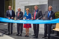 Image of the Broad Institute Ribbon Cutting