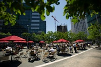 Outdoor dining space in Kendall Square