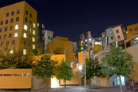Stata Building at Night