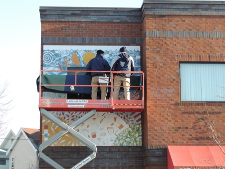 USArt prepares to de-install the mural