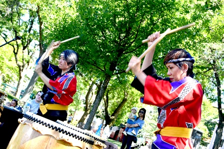 Odaiko New England drum at Raymond Park as part of Cambridge Arts'