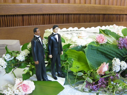A groom and groom