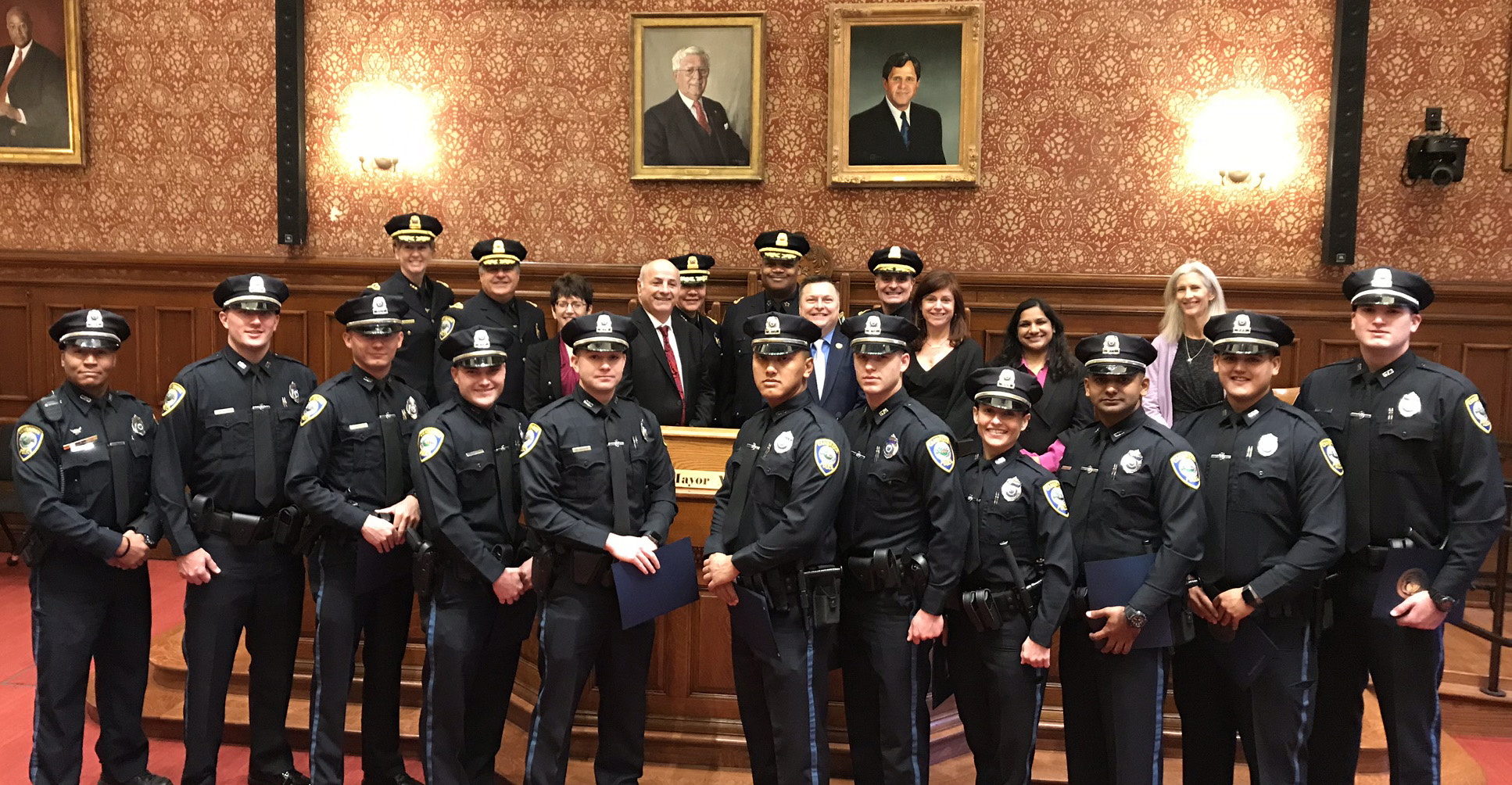 Cambridge Police Department Welcomes 10 New Officers - City