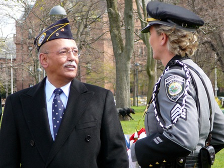 Cambridge Veterans' Services Director Bob Stevens with Sgt. Pauline Carter-Wells (4/20/2009) - Cynthia Abatt