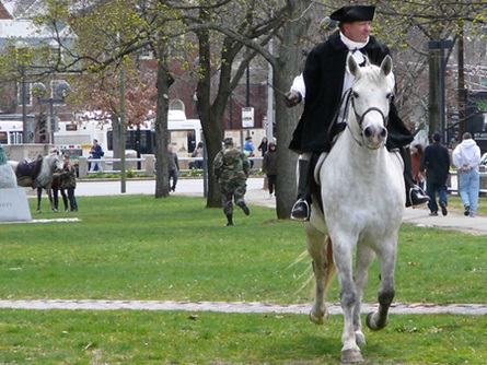 General William Dawes (Reenactor, Sgt. Andrew Tobin) Arrives   (4/20/2009) - Cynthia Abatt