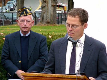 Councillor Craig A. Kelley reads the City's Remembrance and City Council's Veterans' Day Resolution   (11/12/2009) - Cynthia Abatt